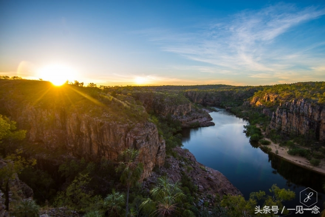 一男子围绕澳大利亚40000公里,带回壮阔雄伟的奇景照片(3)