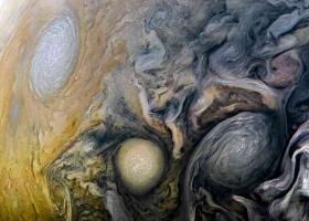 """NASA公布""""朱诺""""号拍摄的木星奇特诡异照片"""